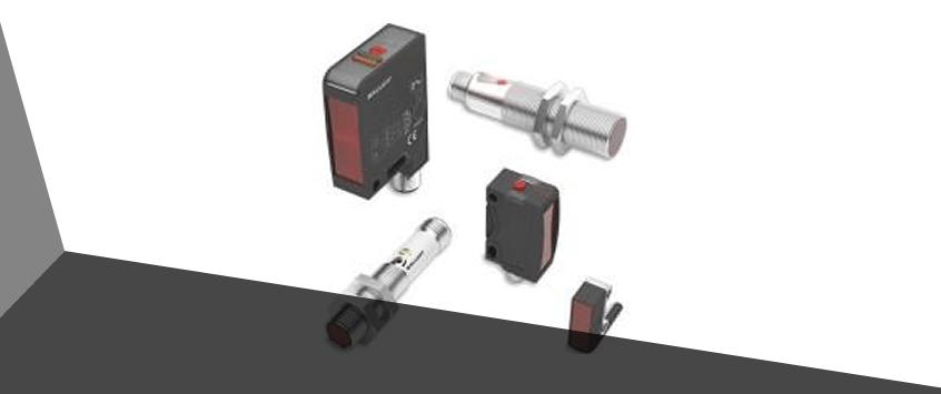 Em quais situações o sensor óptico retro reflexivo pode ser útil na indústria?
